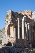 Columns in Teatro Greco