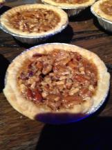 Individual pecan pie