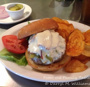 Green chile cheeseburger with bacon and house-made potato chips at the Santa Fe Fite