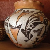 Antique Acoma pot